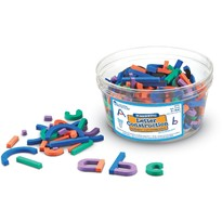 Learning Resources Set constructie magnetic - Litere si cifre