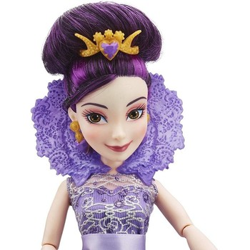 Hasbro Papusa Disney Descendants Mal in Tinuta de Incoronare