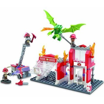Hasbro KRE-O Fire Station Dragon Attack
