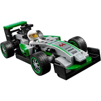 LEGO ® Mercedes AMG Petronas Formula One Team