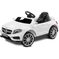 Mercedes AMG GLA 45 White